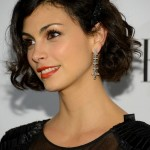 Short black wavy bob haircut for women - Morena Baccarin hairstyle