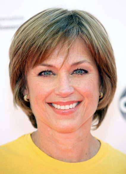 Fabulous Chic Short Bob Haircut For Women Age Over 50 Dorothy Hamill39S Hairstyles For Men Maxibearus