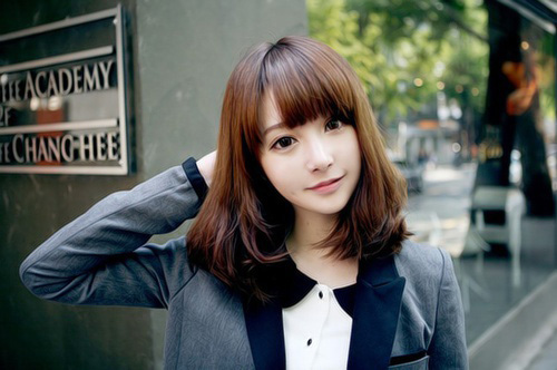 Japanese Hairstyle with Bangs