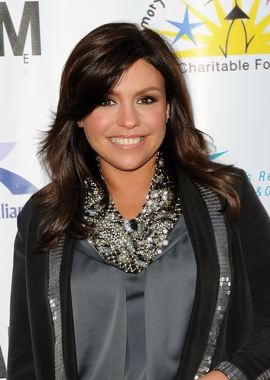 rachael ray hair cut hairstyle for thick hair layered long hairstyle in glossy