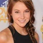 Side-Swept Fishtail Plait with Caramel Balayage - Shailene Woodley hairstyles
