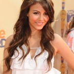 Victoria Justice's Long Hairstyle - Brown Waves