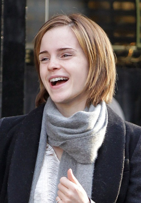 Sweet Short Haircut for Girls - Emma Watson Short Bob Hairstyles