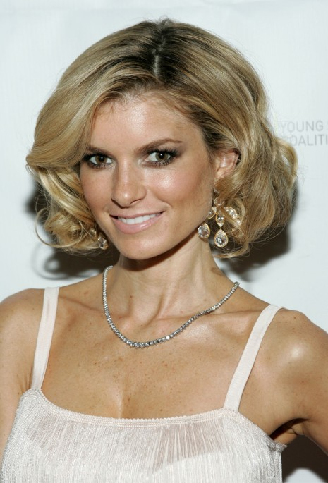 Side Part Bob Hairstyle for Medium Length Hair - Hairstyles 2014 - Marisa Miller Hairstyles