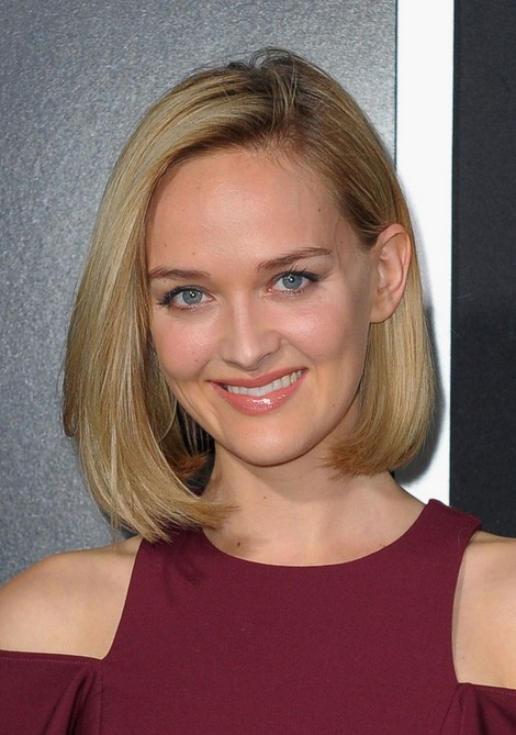 Jess Weixler Short Haircut for 2019 - Straight Bob Hairstyle