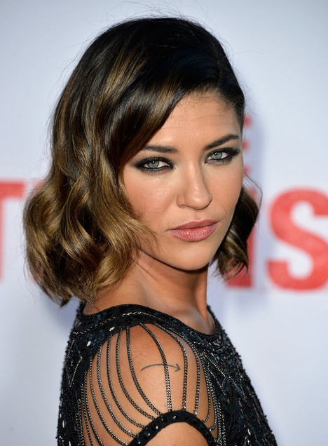 Jessica Szohr Short Hairstyles 2015 - Dark Hair with Subtle Golden Highlights