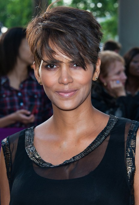 Halle Berry Short Hairstyles - Layered Razor Cut