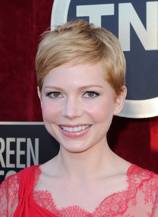 Michelle Williams Pixie Cut for 2019 - Short Straight Haircut for Round, Oval Faces