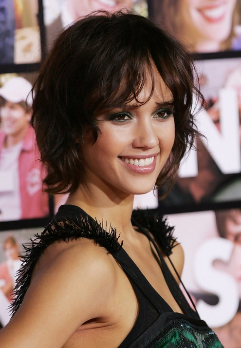 JESSICA ALBA Short Curly Bob Hairstyle for 2019