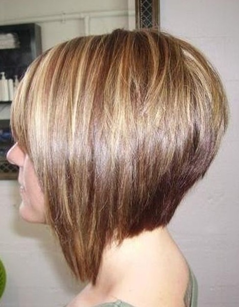Bob Hair - Side View of Graduated Bob Hairstyle - Short Hairstyles 2014
