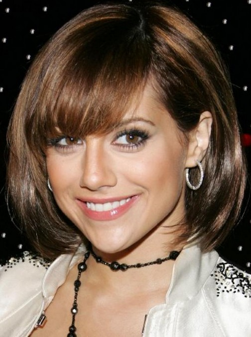 Brittany Murphy Short Haircut - Chic Bob Hairstyle with Side Swept Bangs