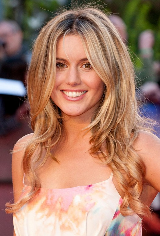 Long Ombre Hair For 2014 Caggie Dunlop Long Wavy