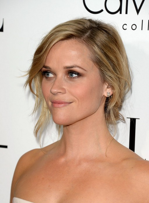 Prom Updos for 2014 - Reese Witherspoon Chignon