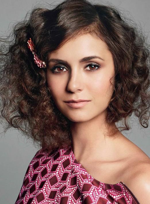 Super Cute Medium Curly Hairstyle Nina Dobrev S Hair