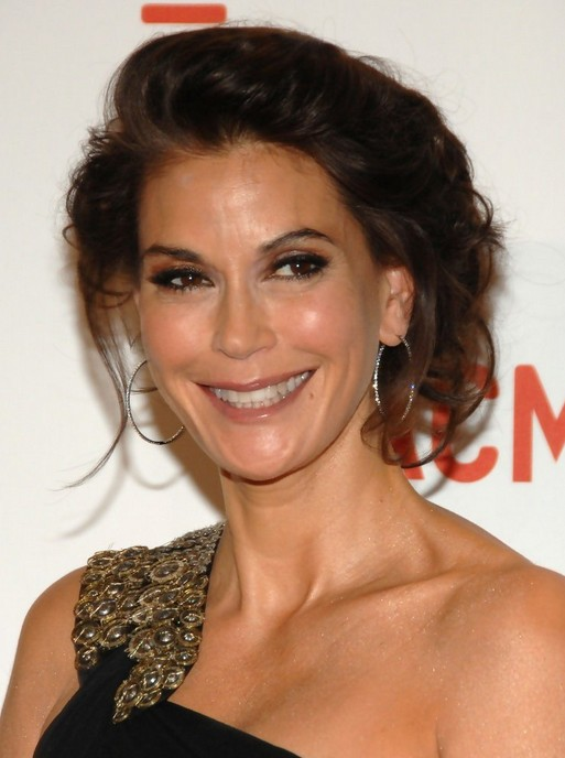 Medium Hairstyles Teri Hatcher S Shoulder Length