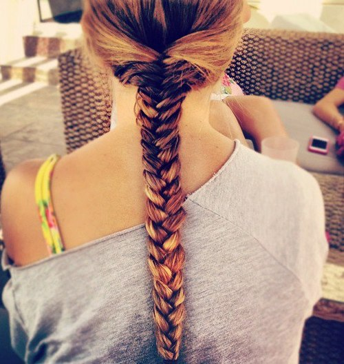 Amazing Back View Of Ombre Fishtail Braid Hairstyle For Girls Hairstyle Inspiration Daily Dogsangcom