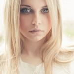 Center Parting Long Straight Blonde Hair Style for Women tumblr