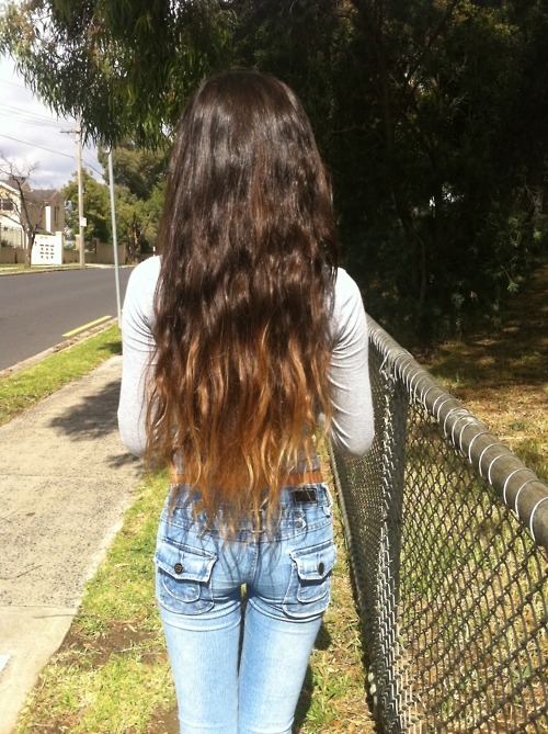 Ombre Hair Color Idea Wavy Dip-Dyed Long Hair