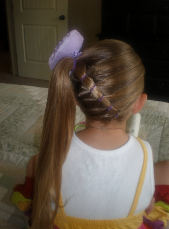 Wonderful Cute Hairstyles For Kids Girls With Short Wavy Hair For Party Images