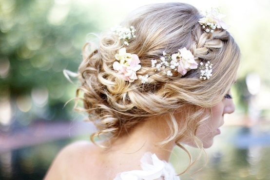 Wedding Hairstyles 2018: Soft Twists & Tousled Curls with Flowers ...