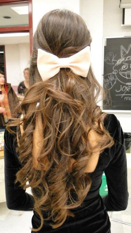 Cute Hairstyles For School With Curls : Sock bun curls luxurious long waves with bow hairstyles