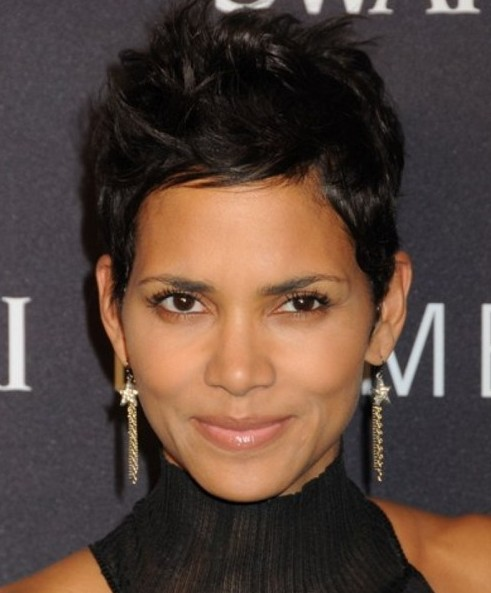 Short Black Haircuts Women 84