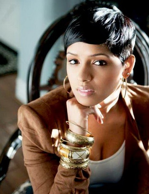 Trendy Short Black Hairstyle for Black Women