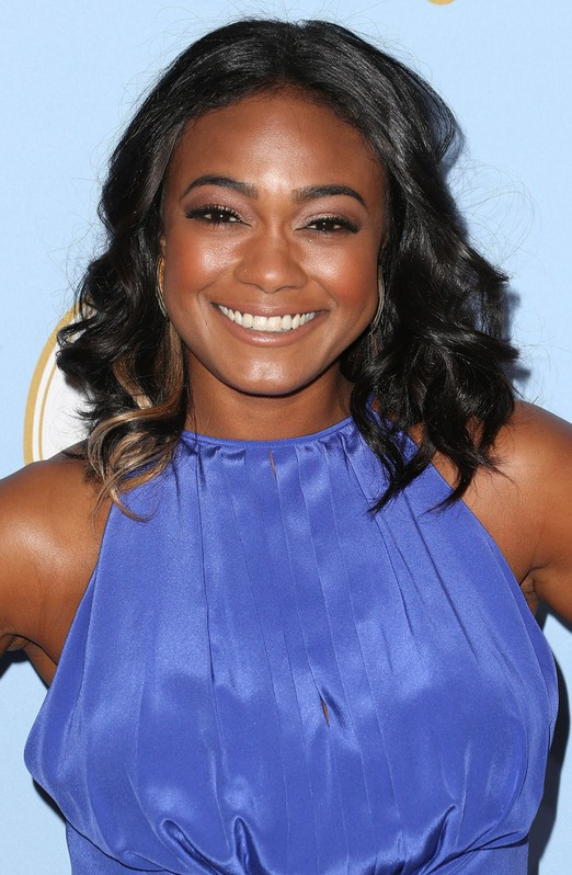 African American Black Curly Hairstyle For Round Faces Tatyana Ali Hairstyles Hairstyles Weekly
