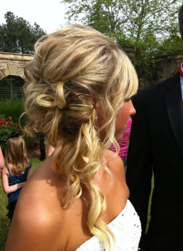 30 Best Prom Hair Ideas 2018: Prom Hairstyles for Long ...