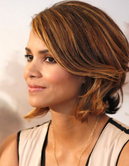 Marvelous Halle Berry Short Haircut Chic Bob Cut For Summer Hairstyles Weekly Hairstyles For Women Draintrainus
