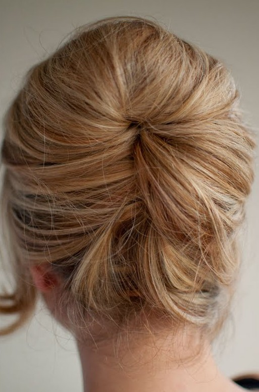 Relaxed beehive updo easy beehive hairstyle hairstyles weekly