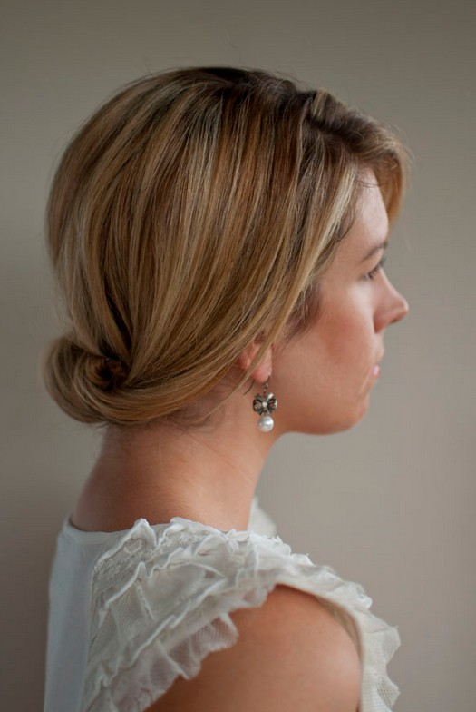 smooth simple flattering updo hairstyle for long hair hairstyles weekly. Black Bedroom Furniture Sets. Home Design Ideas