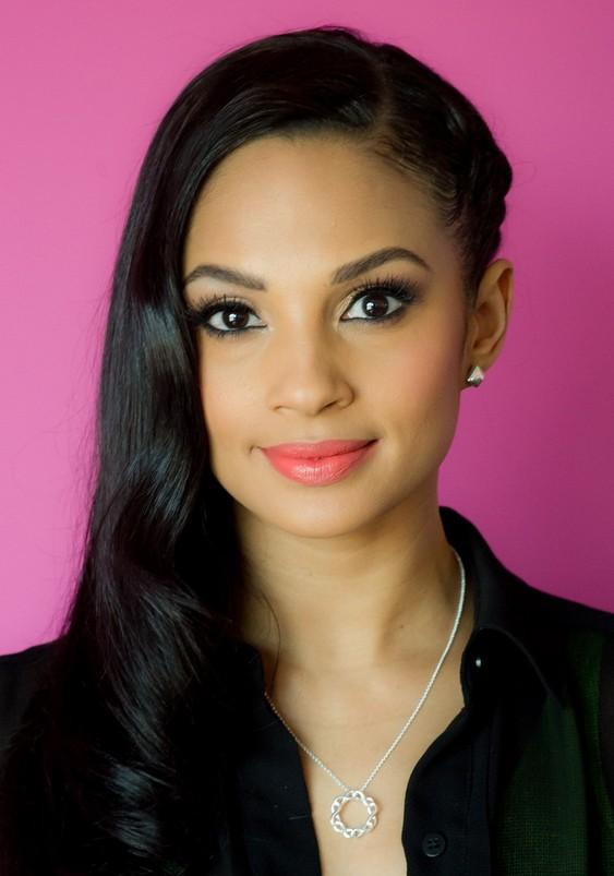 Fabulous 8 Gorgeous Half Up Half Down Hairstyles Hairstyles Weekly Short Hairstyles For Black Women Fulllsitofus