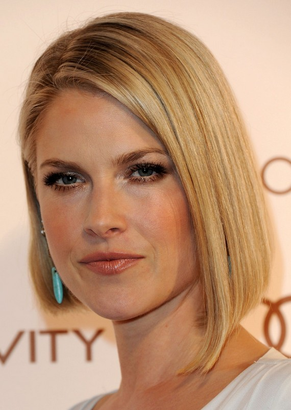 Incredible Ali Larter Haircut Short Straight Angled Bob Haircut For 2015 Natural Hairstyles Runnerswayorg