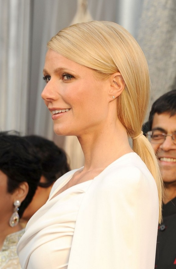 Gwyneth Paltrow Low Loose Ponytail for Women