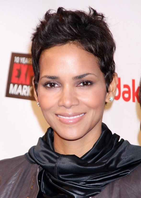 Halle Berry Short Choppy Messy Haircut for Women