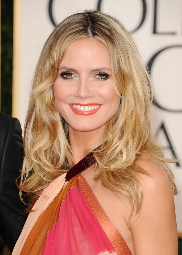 Heidi Klum Center Parted Medium Curly Hairstyle