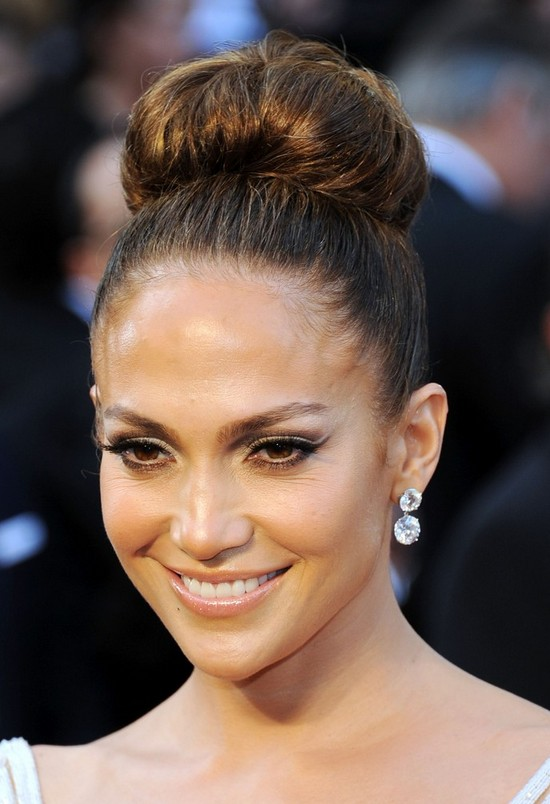 Elegant Celebrity Red Carpet Hairstyles For Women Hairstyles - Classic elegant hairstyle