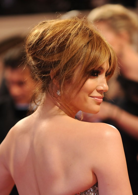 Celebrity updo hairstyles: Jennifer Lopez Loose Bun