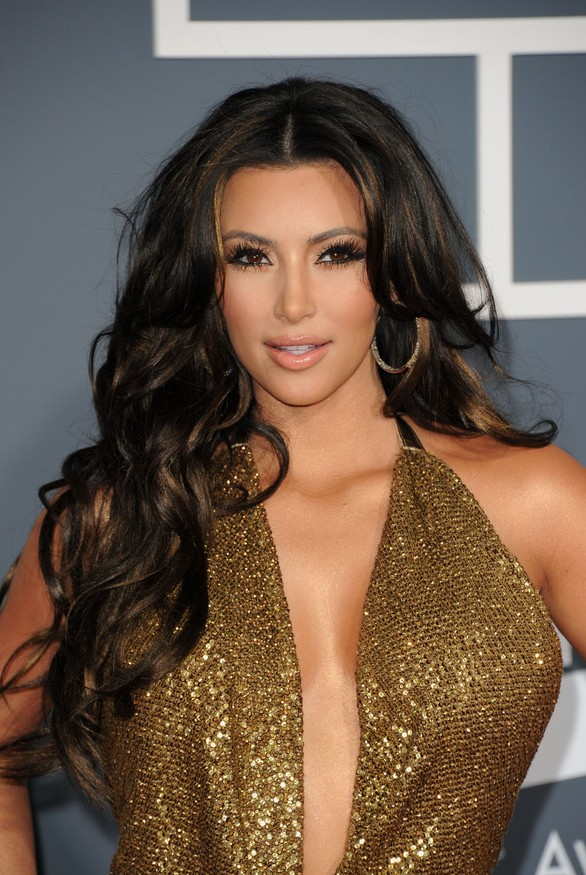 Kim Kardashian Brunette Long Wavy Hairstyle for Fall