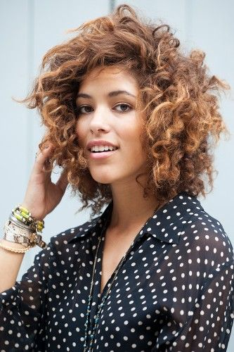 Sexy Curly Hairstyle for Short Hair