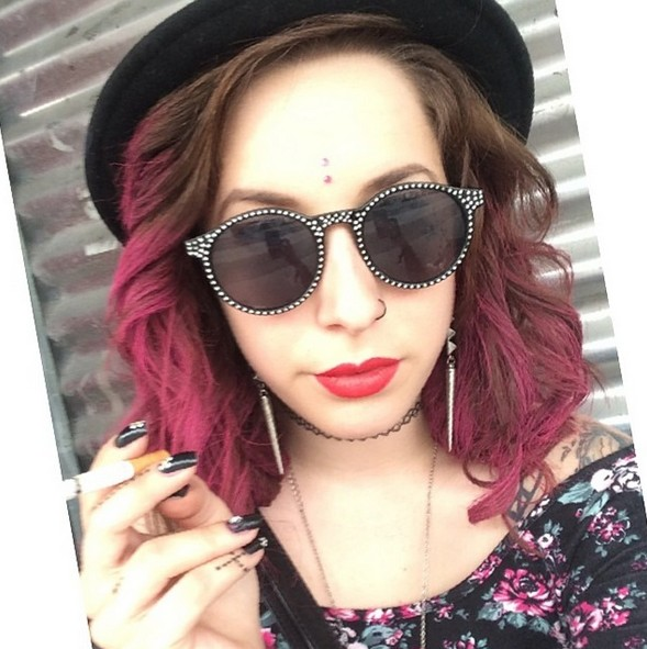 Trendy Cool Brown to Pink Hairstyle with Waves for Summer