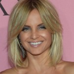 Mena Suvari Simple Hairstyle for Women