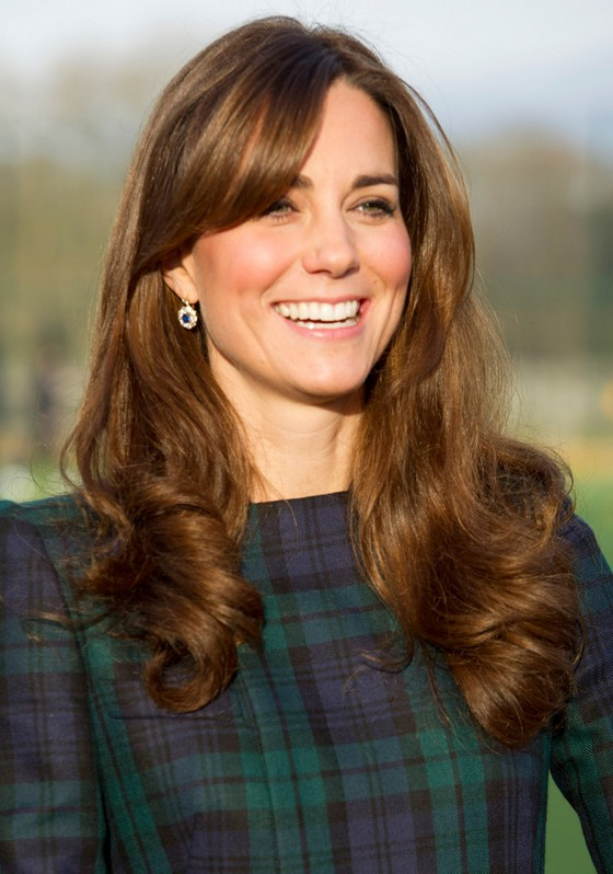 Kate Middleton Long Brunette Wavy Curly Hairstyle with Bangs for Winter