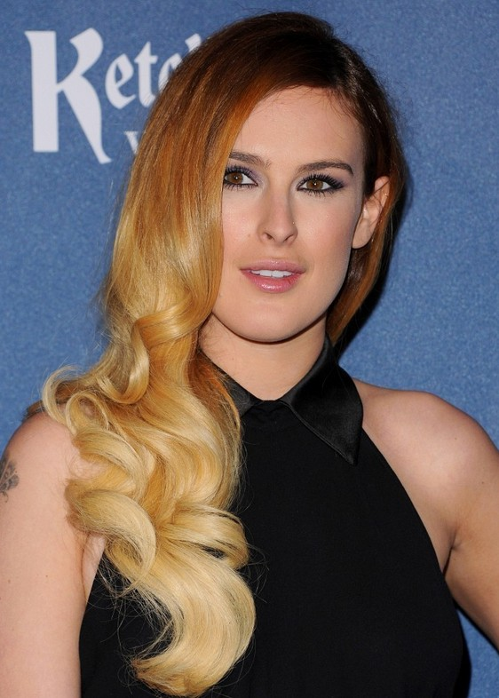 Rumer Willis Brown to Blonde Ombre Retro Hairstyle for Winter
