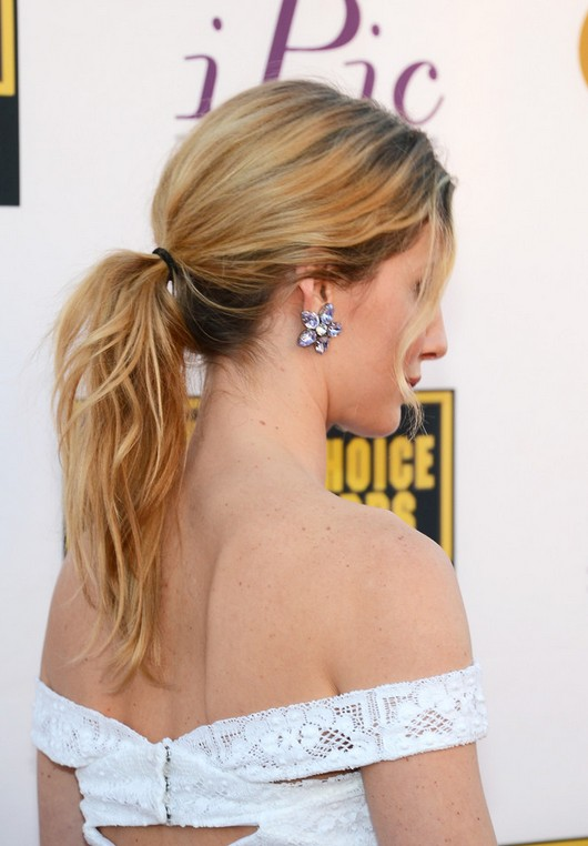 Annabelle Wallis Casual Chic Messy Ponytail for Wedding