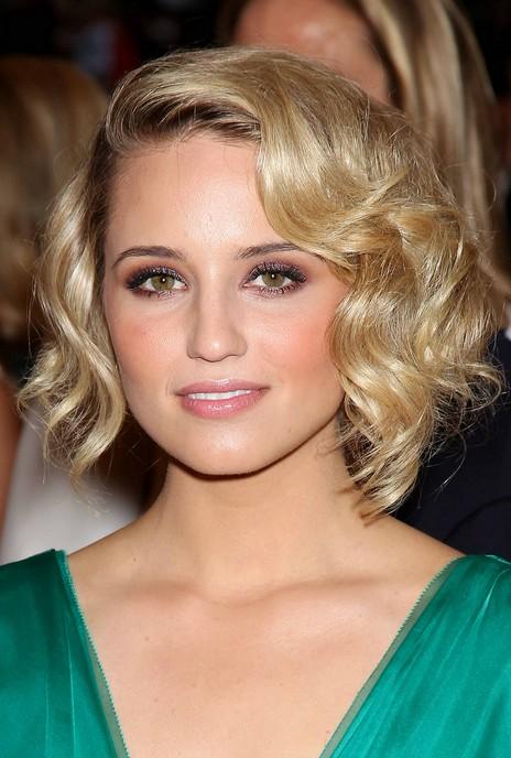 Dianna Agron short wavy hairstyles