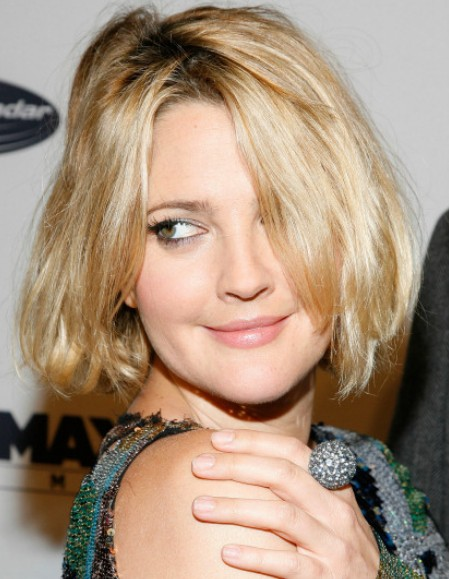Celebrity Short Hairstyle Ideas Layered Bob Cut For Thick Hair Hairstyles Weekly