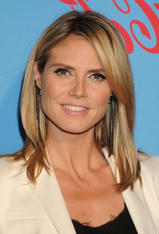 Heidi Klum Latest Hairstyle With Long Layers For Winter Hairstyles Weekly