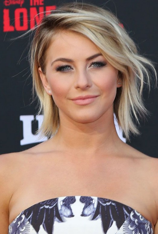 Julianne Hough's Tousled Bob